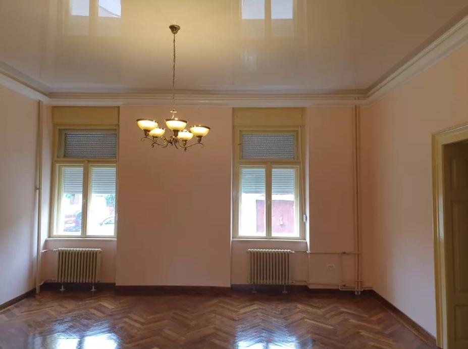 Inchiriez apartament 3 camere zona Centrala