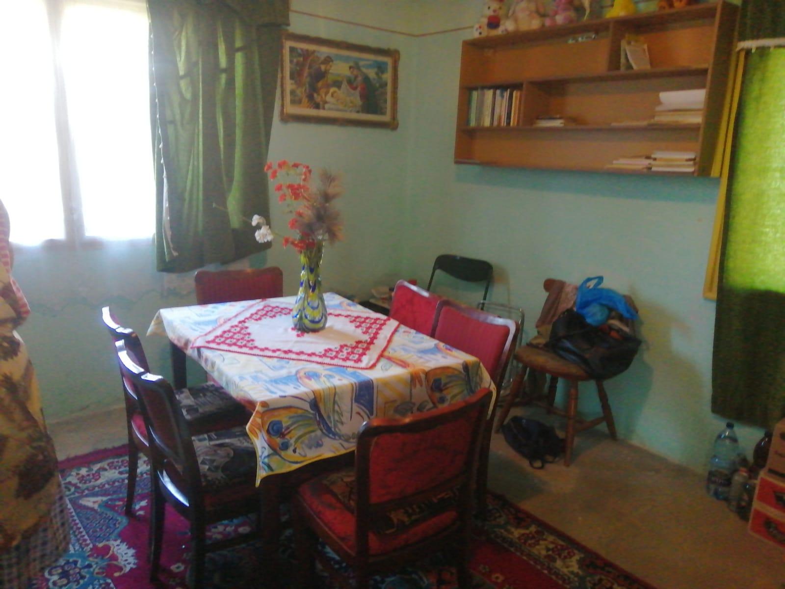 Vand casa 4 camere in Capruta