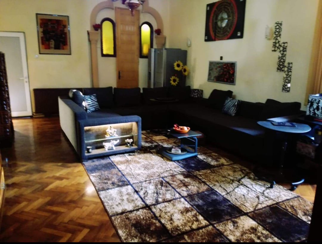 Vand apartament 4 camere zona Ultracentrala-Piata Avram Iancu