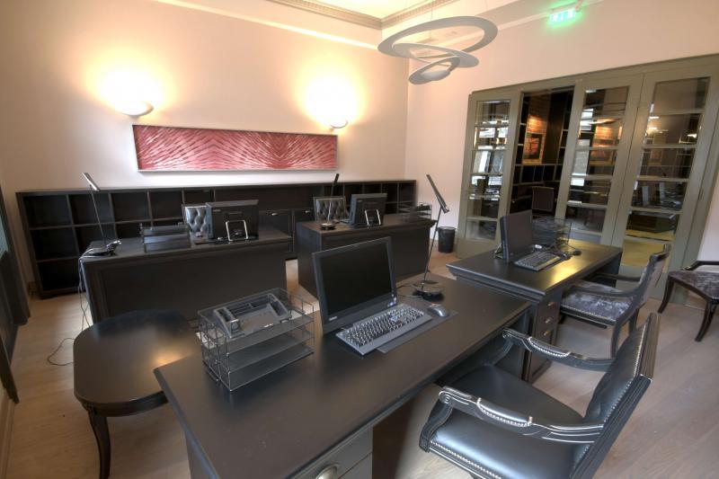 Inchiriez spatii pentru birouri zona Ultracentrala-Blaga