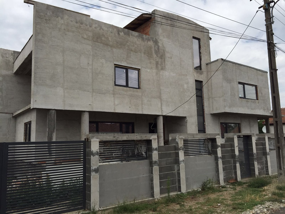 Vand casa 4 camere zona Cadas