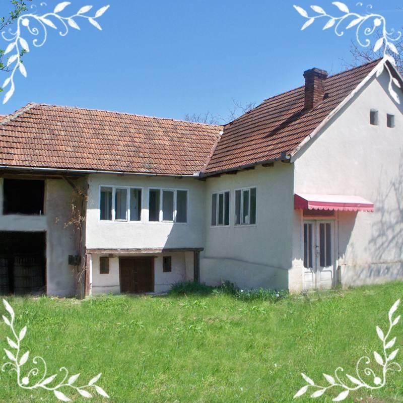 Vand casa 3 camere in Brazii