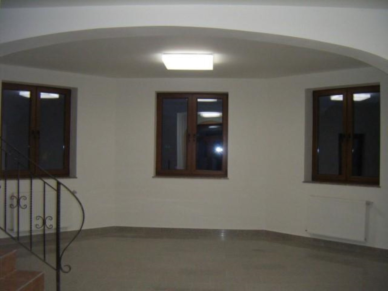 Vand casa 7 camere zona Subcetate