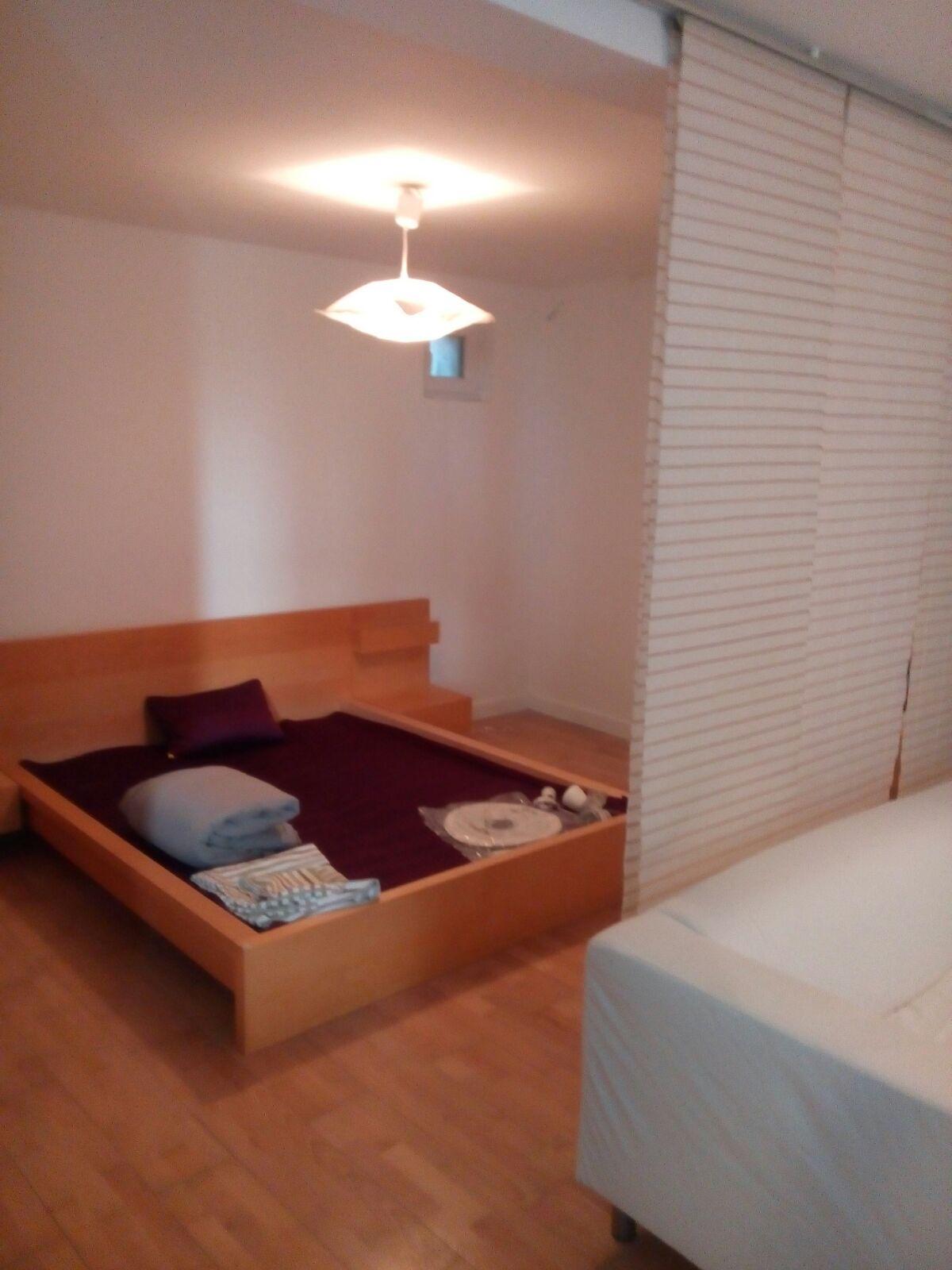 Vand casa cu 4 apartamente zona Ultracentrala-Eminescu
