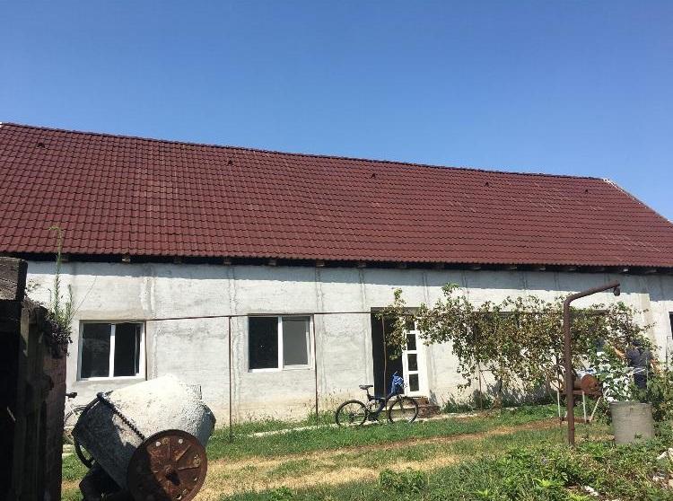 Vand casa 4 camere in Siria