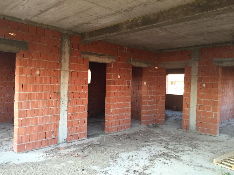 Vand casa 7 camere in Horia