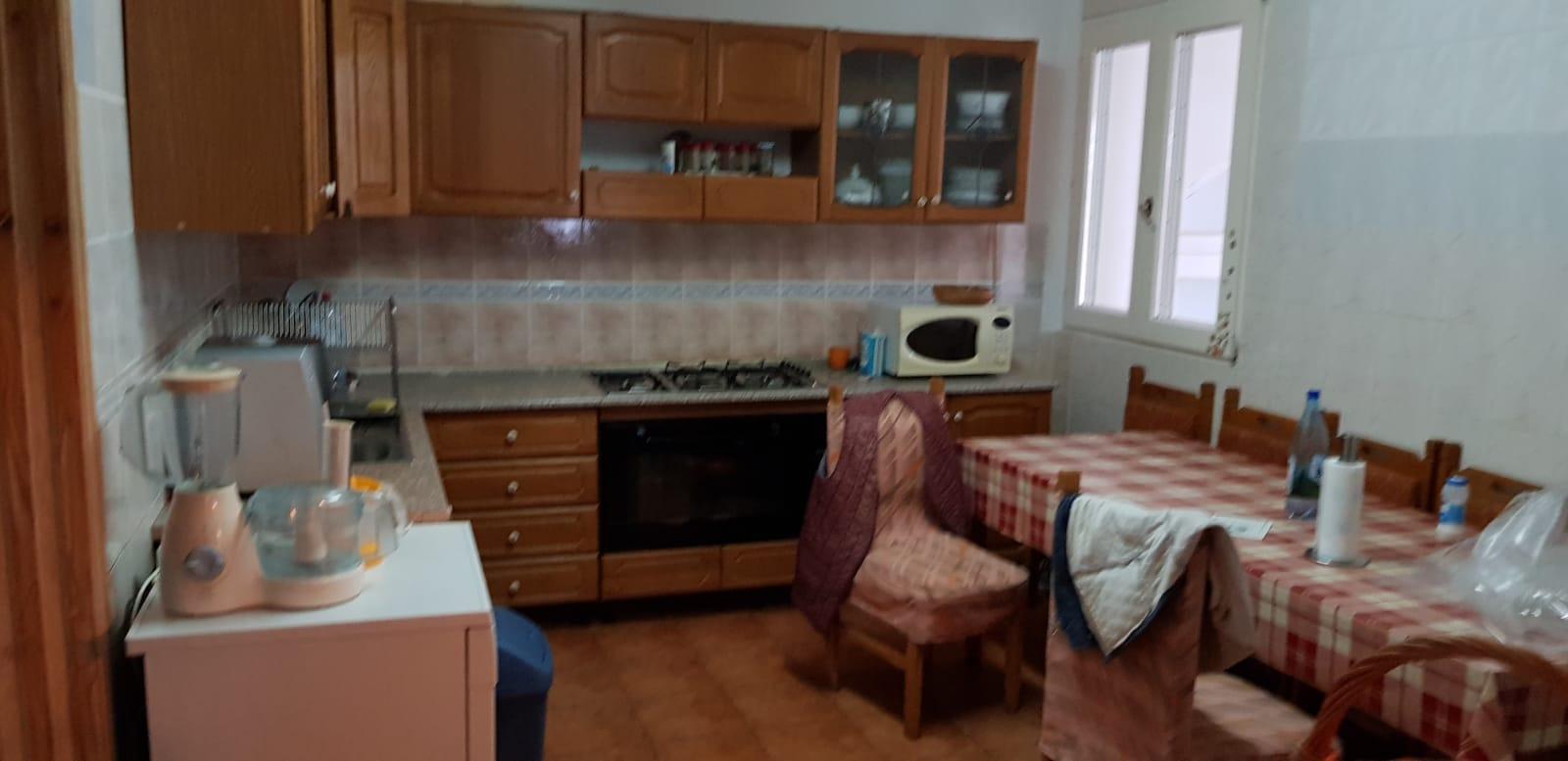 Vand casa 9 camere zona Aradul Nou-Bagdazar