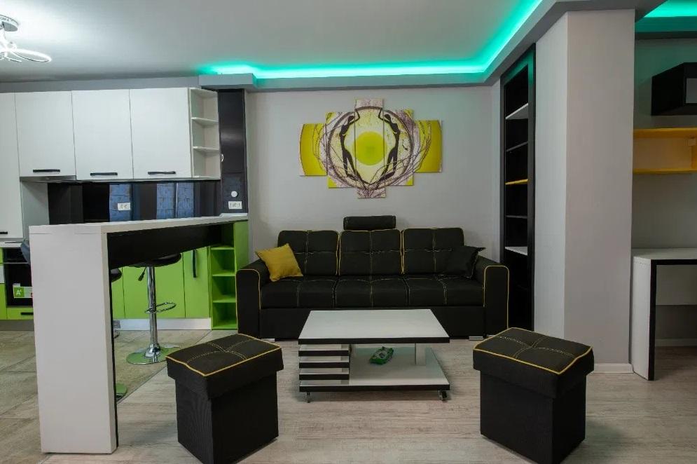 Inchiriez apartament 2 camere zona Ultracentrala-Arad Plaza