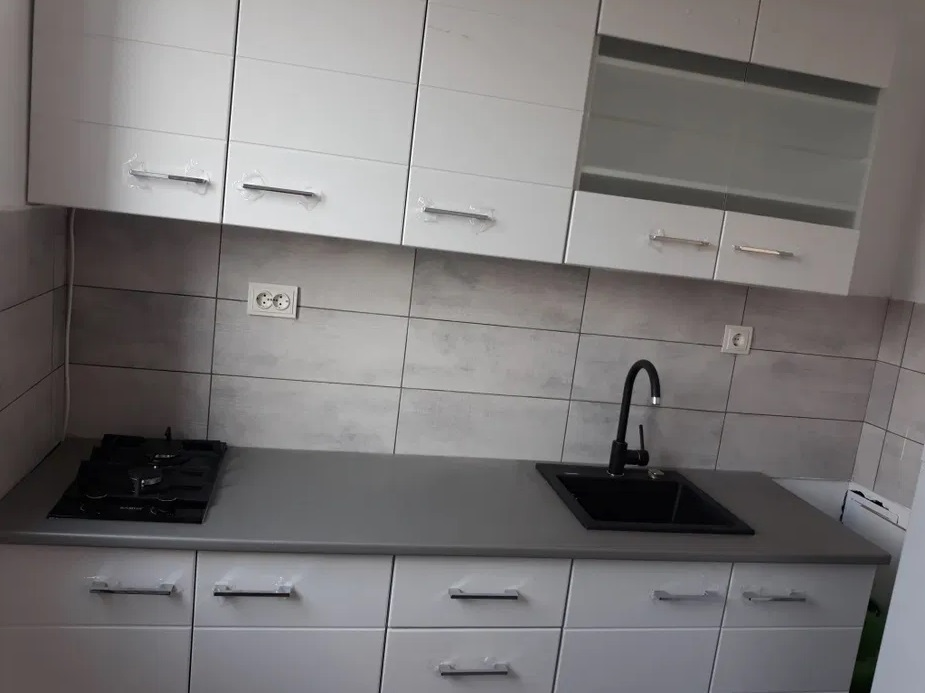 Inchiriez apartament 2 camere zona Romanilor