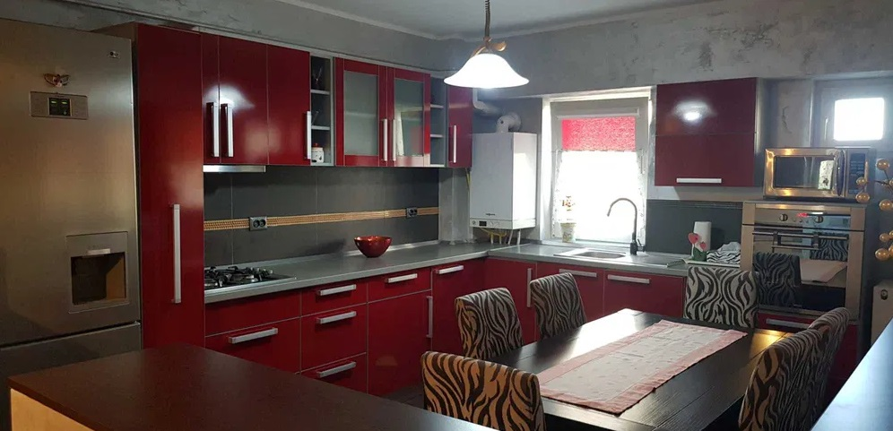 Inchiriez apartament 3 camere zona Vlaicu-Kaufland