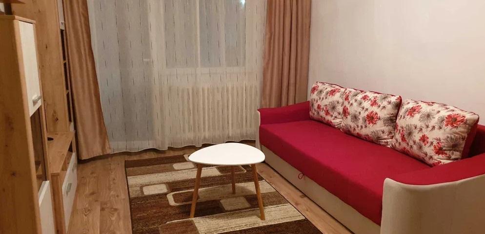 Inchiriez apartament 2 camere zona Vlaicu-Lebada