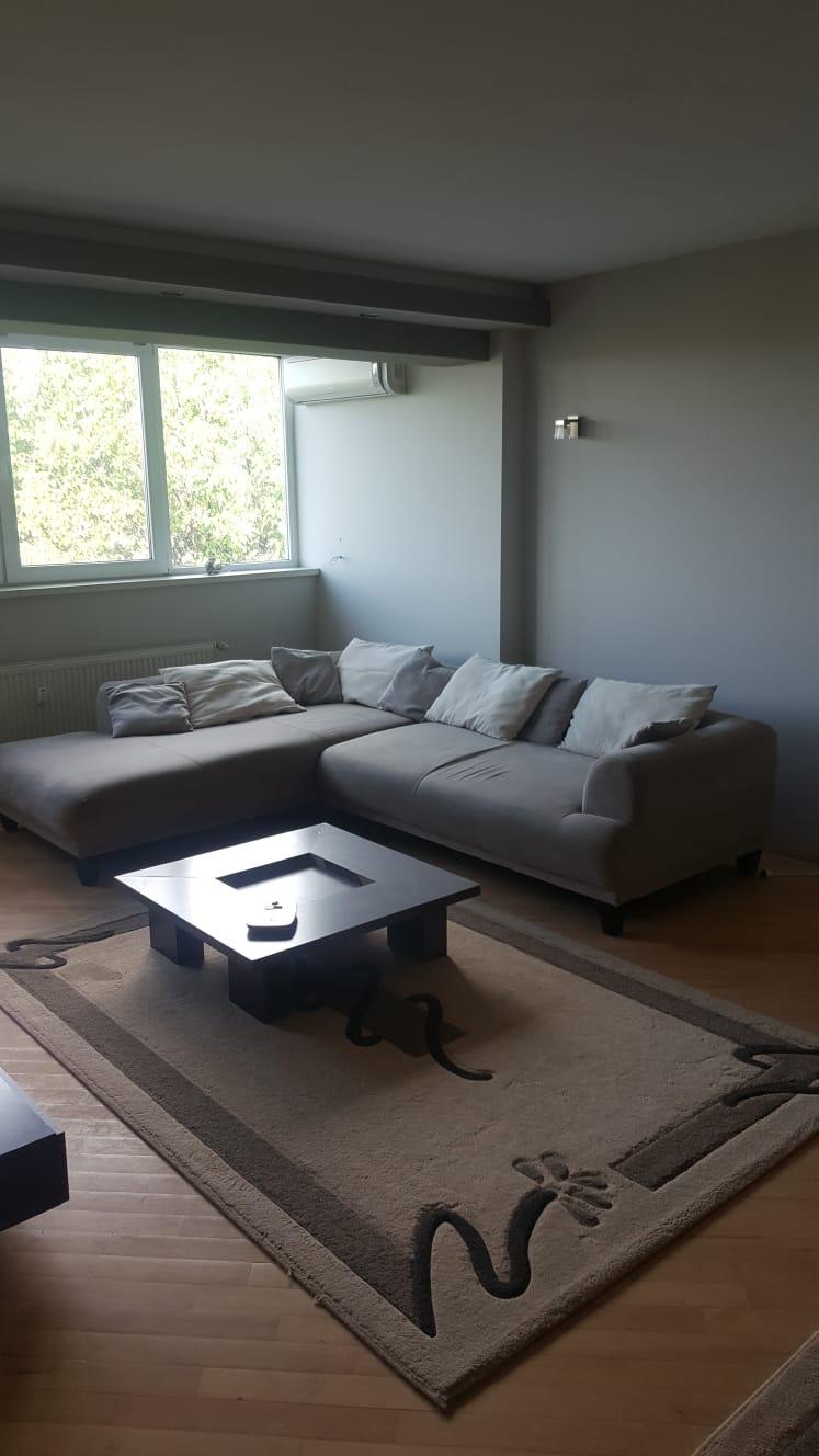 Inchiriez apartament 3 camere zona Polivalenta-Samantha