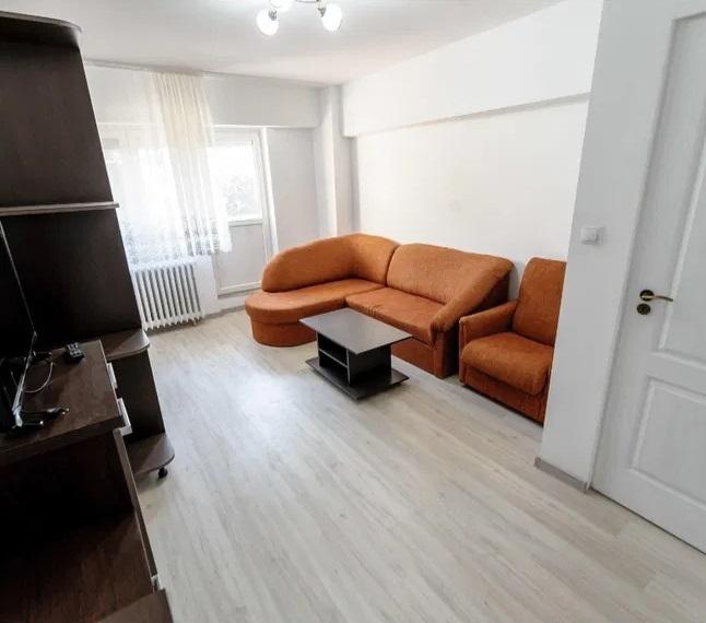 Inchiriez apartament 2 camere zona Intim