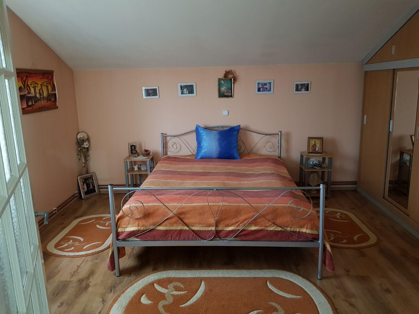 Vand casa 5 camere zona Aradul Nou-Constitutiei