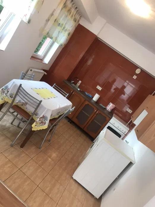 Inchiriez apartament 2 camere zona Alfa