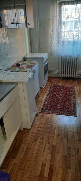 Inchiriez apartament 2 camere zona Polivalenta