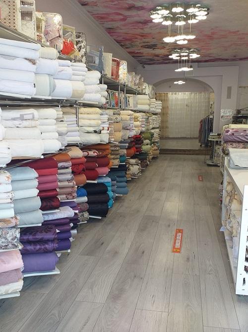 Inchiriez spatiu comercial in Oradea